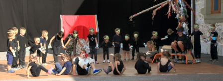 spectacle-ecole-la-fontaine-juin2017-4